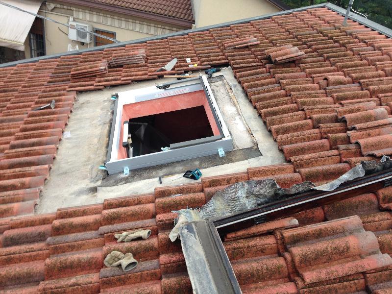 Finestre da tetto su misura velux fakro roto elimar srl for Velux su misura